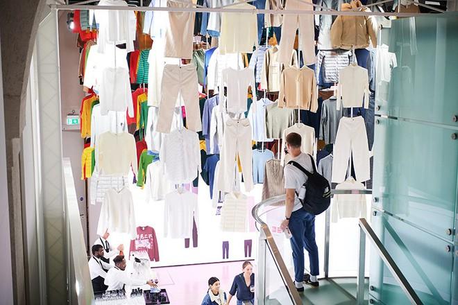 Hãng thời trang Nhật Bản UNIQLO tổ chức triển lãm quốc tế tại London - ảnh 13