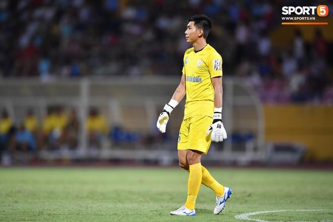 Cục diện cuộc đua trụ hạng V.League 2019 cực nóng sau trận thắng của Khánh Hòa: HAGL và Viettel vẫn chưa thể thoát hiểm - ảnh 1
