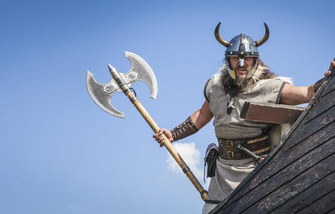 Cách giải trí của tộc Viking: Khét tiếng tàn bạo nên đến trượt tuyết cũng phải máu lửa nhất lịch sử - ảnh 4