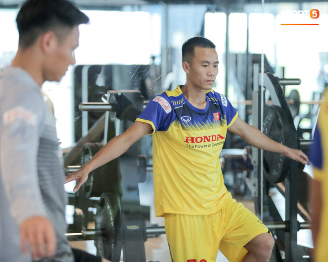 Cầu thủ từng chê tuyển Việt Nam bị HLV Park nắn gân ngay trong buổi tập đầu tiên - ảnh 1