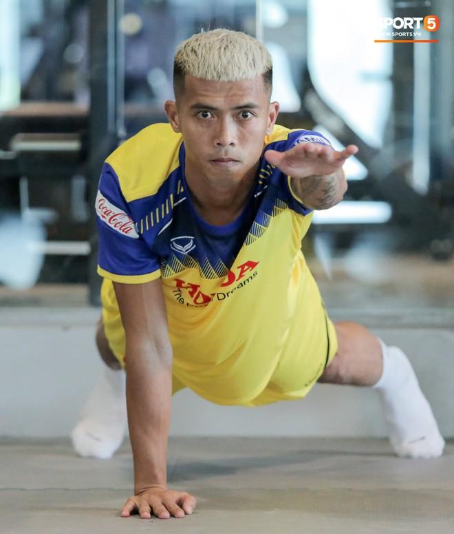 Cầu thủ từng chê tuyển Việt Nam bị HLV Park nắn gân ngay trong buổi tập đầu tiên - ảnh 7