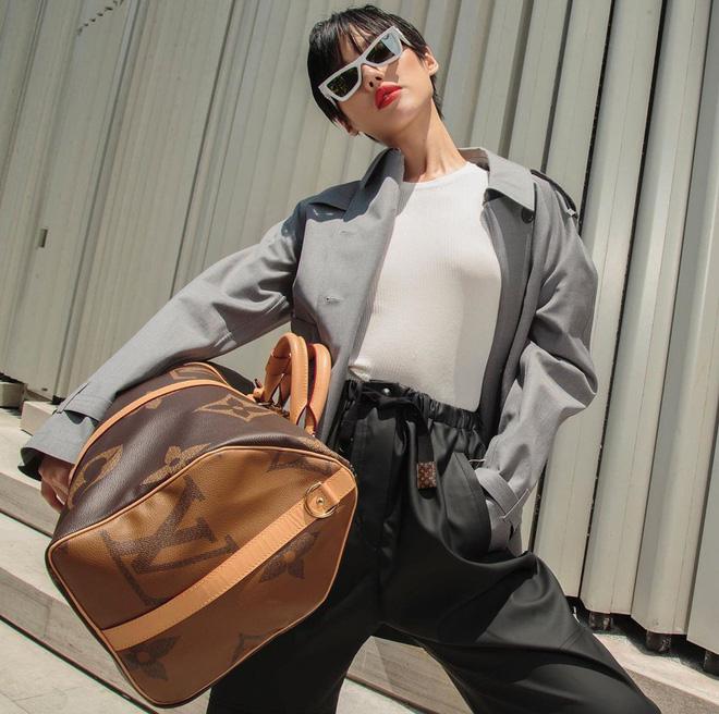 Túi hiệu đâu ra mà lắm thế: Hẳn nên gọi Khánh Linh là cô em nhiều túi' chứ không chỉ là cô em trendy - ảnh 18