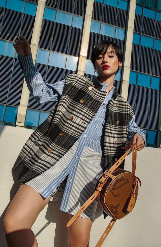 Túi hiệu đâu ra mà lắm thế: Hẳn nên gọi Khánh Linh là cô em nhiều túi' chứ không chỉ là cô em trendy - ảnh 22