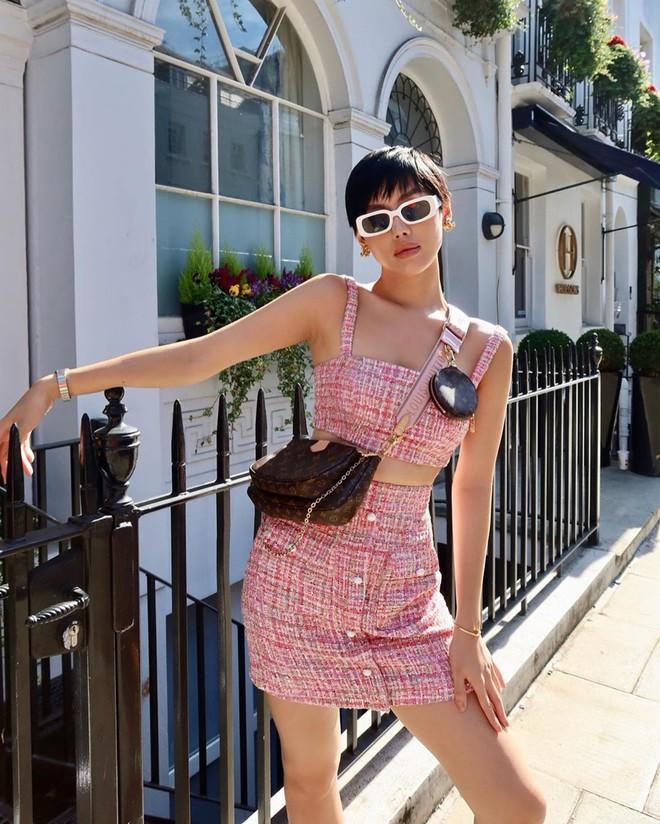 Túi hiệu đâu ra mà lắm thế: Hẳn nên gọi Khánh Linh là cô em nhiều túi' chứ không chỉ là cô em trendy - ảnh 1