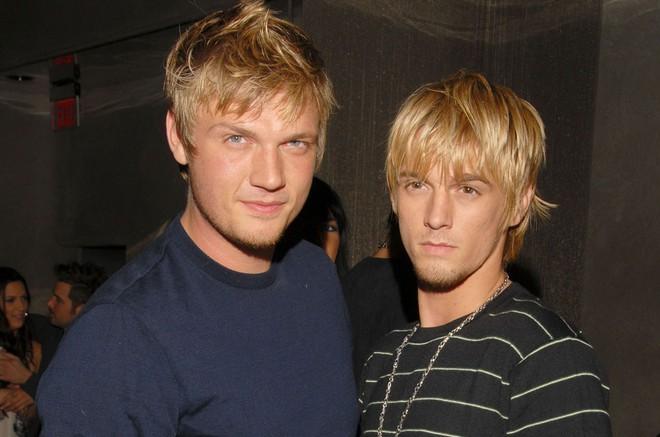 Drama sốc nhất Hollywood của gia đình Nick (Backstreet Boys): Em trai dọa giết vợ, anh trai ấu dâm, chị gái cưỡng hiếp? - Ảnh 5.