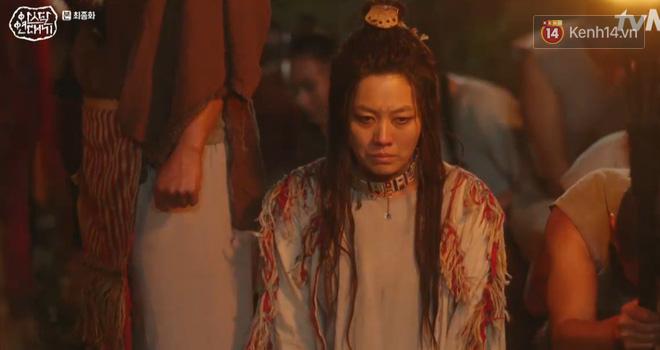 Arthdal Niên Sử Kí tập cuối bùng nổ, căng thẳng đến nghẹt thở vì IQ vô cực của hai Song Joong Ki! - ảnh 12