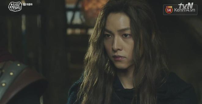 Arthdal Niên Sử Kí tập cuối bùng nổ, căng thẳng đến nghẹt thở vì IQ vô cực của hai Song Joong Ki! - ảnh 7
