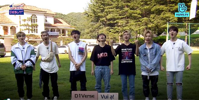 Bị đồng đội ném bóng nước ướt quần, trai đẹp của boygroup người Việt D1Verse chỉ biết than trời - ảnh 2