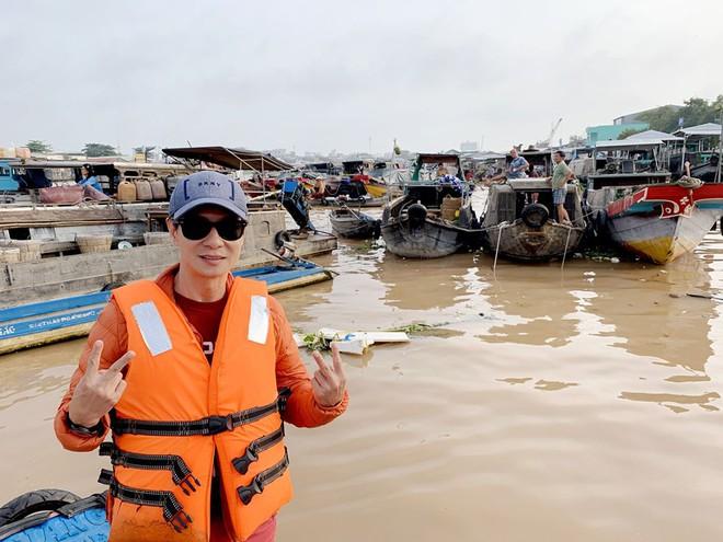 Chán phim kinh dị hài, đạo diễn trăm tỷ Lý Hải đại náo miền Tây sông nước cùng Lật Mặt 5 - ảnh 2
