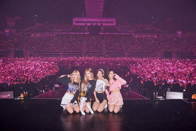 Vượt SNSD, BLACKPINK chính thức trở thành nhóm nữ có doanh thu concert cao nhất lịch sử Kpop - ảnh 2