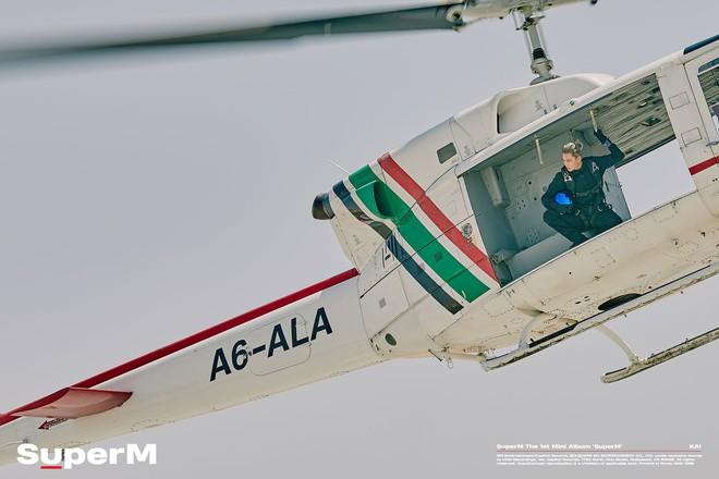 Hội con nhà siêu giàu Châu Á SuperM Mỹ tiến bằng phi cơ, xe tăng, siêu xe qua teaser MV bom tấn đậm chất Hollywood - ảnh 3