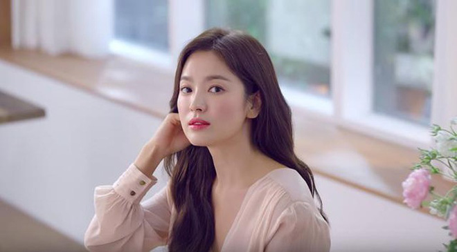 The story became hot again after 14 years: Song Hye Kyo and her mother were threatened with acid splash, blackmail 5 billion, the identity of the culprit surprised - Photo 3.