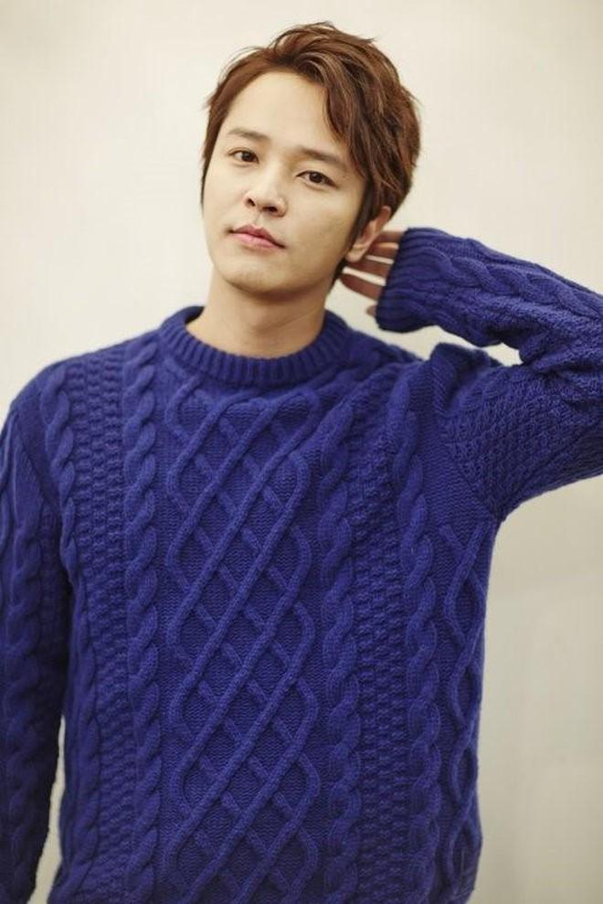 9 sao Hàn có điểm thi đại học khủng nhất Kbiz: Song Joong đã đỉnh, vợ chồng Kim Tae Hee - Bi Rain còn đỉnh hơn - ảnh 8