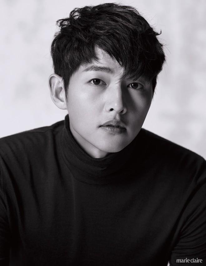 9 sao Hàn có điểm thi đại học khủng nhất Kbiz: Song Joong đã đỉnh, vợ chồng Kim Tae Hee - Bi Rain còn đỉnh hơn - ảnh 7
