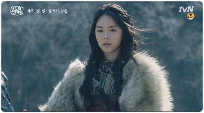 7 bóng hồng của Song Joong Ki ở Arthdal: Hết BLACKPINK, con lai Nga Hàn tới mỹ nhân Nhật đẹp nức lòng ai mà không mê - ảnh 12