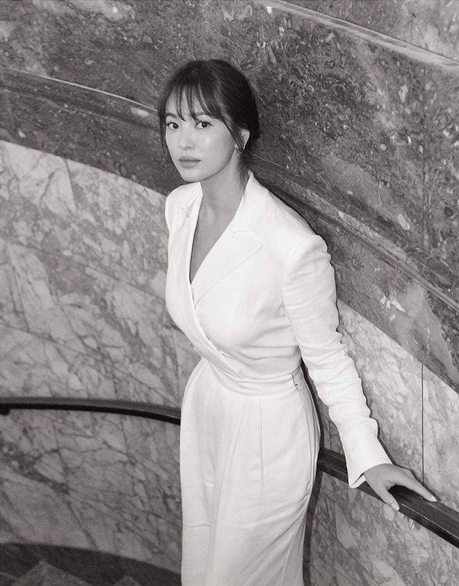 Loạt ảnh chính thức của Song Hye Kyo tại sự kiện quốc tế ở Mỹ: Cố gồng làm gì, chị xuất thần nhất là khi sương sương! - Ảnh 6.