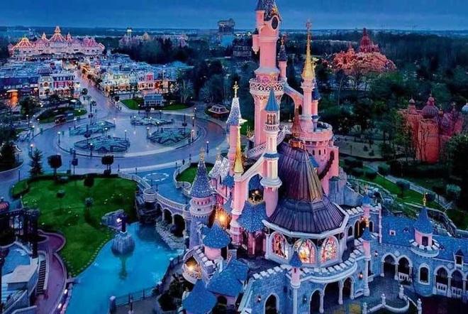 Khi Disneyland giờ chỉ dành cho người giàu: Giá vé lên tới hơn 27 triệu và bài học xương máu Để vươn đến đỉnh cao, bạn sẽ phải tàn nhẫn - ảnh 4