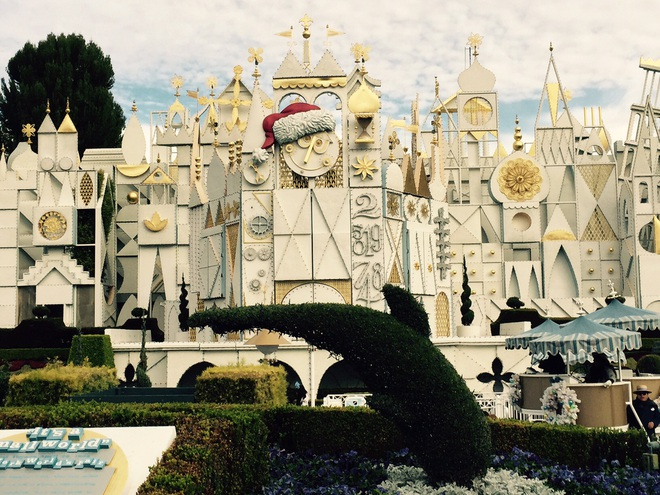 Khi Disneyland giờ chỉ dành cho người giàu: Giá vé lên tới hơn 27 triệu và bài học xương máu Để vươn đến đỉnh cao, bạn sẽ phải tàn nhẫn - ảnh 5