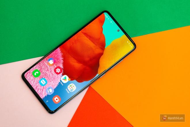 Đây là 3 xu hướng thiết kế smartphone thống trị năm 2019 vừa qua - ảnh 3