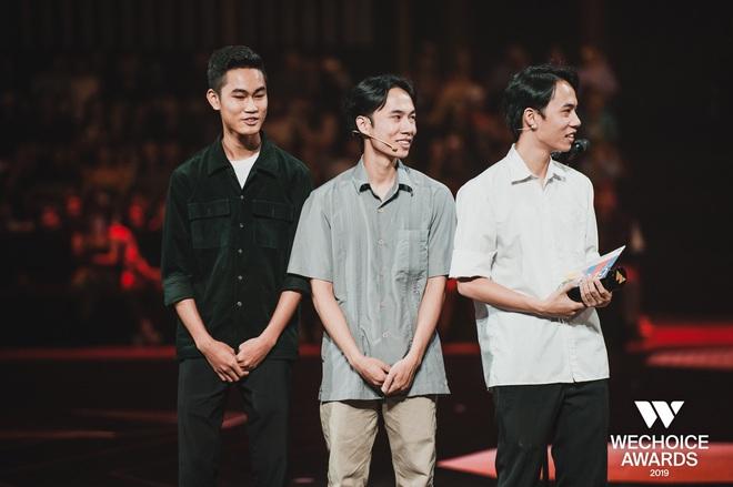 WeChoice Awards 2019: vượt quá khuôn khổ của một lễ trao giải, các tiết mục trình diễn đều là những sân khấu âm nhạc trong mơ! - Ảnh 19.