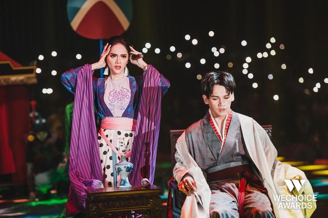 WeChoice Awards 2019: vượt quá khuôn khổ của một lễ trao giải, các tiết mục trình diễn đều là những sân khấu âm nhạc trong mơ! - Ảnh 14.
