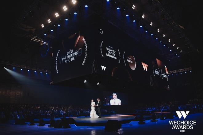 WeChoice Awards 2019: vượt quá khuôn khổ của một lễ trao giải, các tiết mục trình diễn đều là những sân khấu âm nhạc trong mơ! - Ảnh 6.