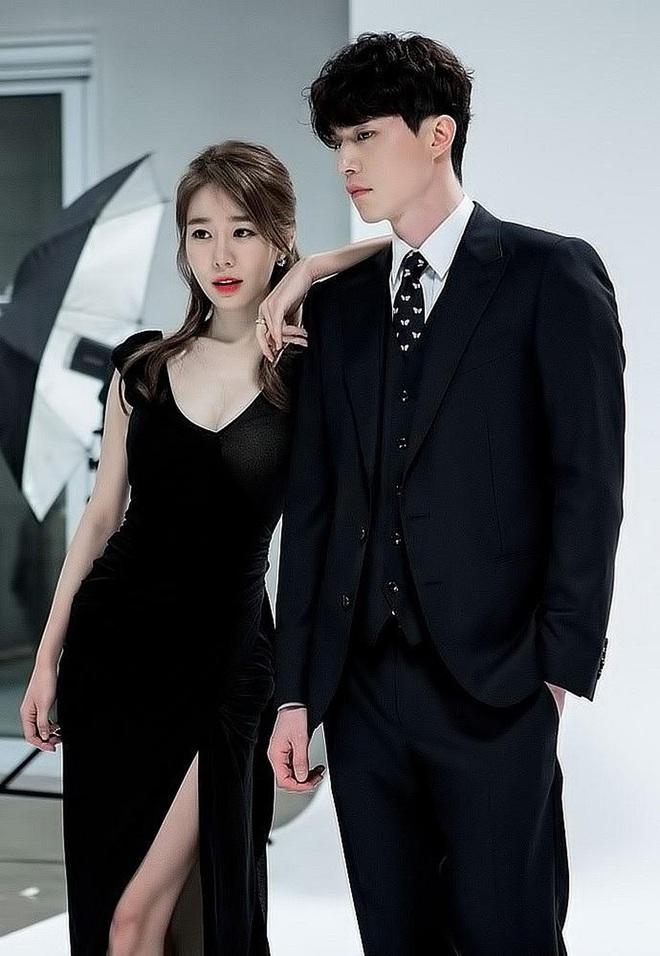 Nữ phụ quốc dân Yoo In Na: Nhan sắc nở muộn ở tuổi U40, cao 1m65 mà body nuột đến mức không cần photoshop - Ảnh 19.