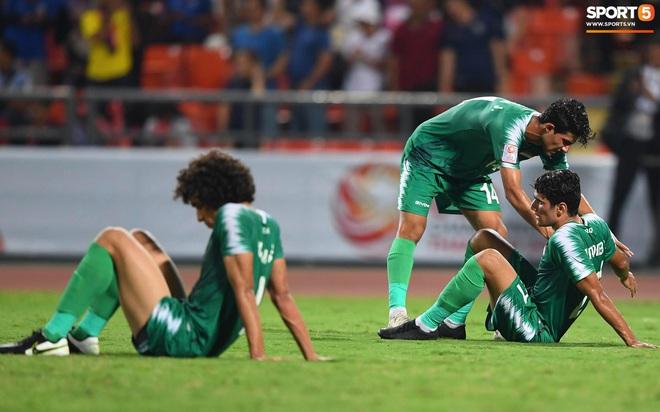 HLV trưởng U23 Iraq trách trọng tài xem VAR quá nhanh rồi ra quyết định có lợi cho Thái Lan - ảnh 5