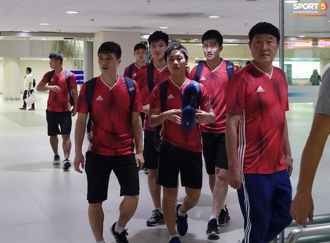 Giây phút hồn nhiên của cầu thủ U23 Triều Tiên trước trận gặp U23 Việt Nam - ảnh 5