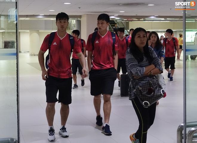 Giây phút hồn nhiên của cầu thủ U23 Triều Tiên trước trận gặp U23 Việt Nam - ảnh 2
