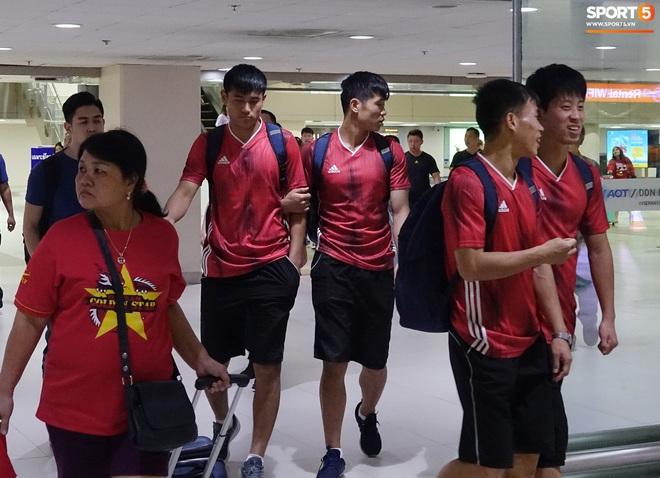 Giây phút hồn nhiên của cầu thủ U23 Triều Tiên trước trận gặp U23 Việt Nam - ảnh 4