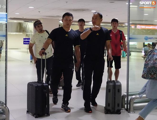 Giây phút hồn nhiên của cầu thủ U23 Triều Tiên trước trận gặp U23 Việt Nam - ảnh 6