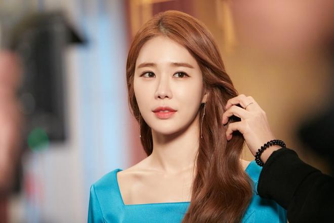 Nữ phụ quốc dân Yoo In Na: Nhan sắc nở muộn ở tuổi U40, cao 1m65 mà body nuột đến mức không cần photoshop - Ảnh 5.