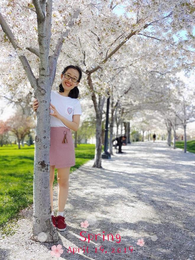 Mẹ bầu Sài Thành chia sẻ bí quyết lấy lại vòng eo 66 và cân nặng 50kg chỉ sau 8 tuần sau sinh - ảnh 1