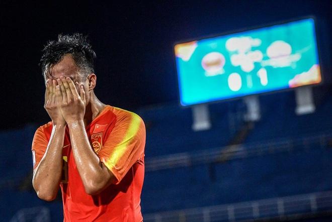 Cầu thủ Trung Quốc suy sụp, bật khóc nức nở sau VCK U23 châu A tệ chưa từng có trong lịch sử - ảnh 2