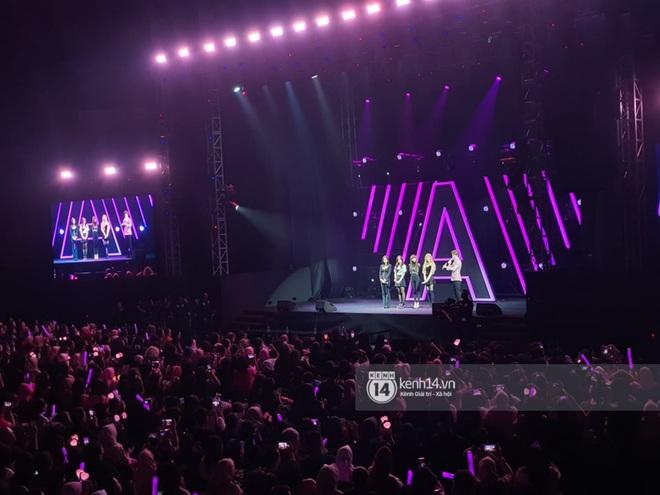 Nhìn lại Awesome Live: Buổi fan meeting sôi động đầu tiên của BLACKPINK trong năm 2020 - ảnh 13