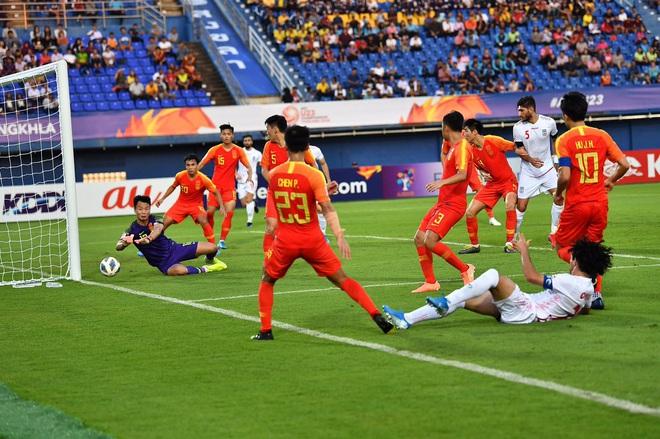 Cầu thủ Trung Quốc suy sụp, bật khóc nức nở sau VCK U23 châu A tệ chưa từng có trong lịch sử - ảnh 1