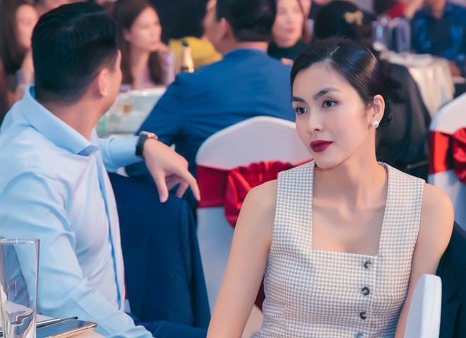 Muốn lịm đi trước loạt ảnh chị đẹp Tăng Thanh Hà tại tiệc cuối năm của gia đình chồng: Đẹp vừa thôi chị ơi! - ảnh 2