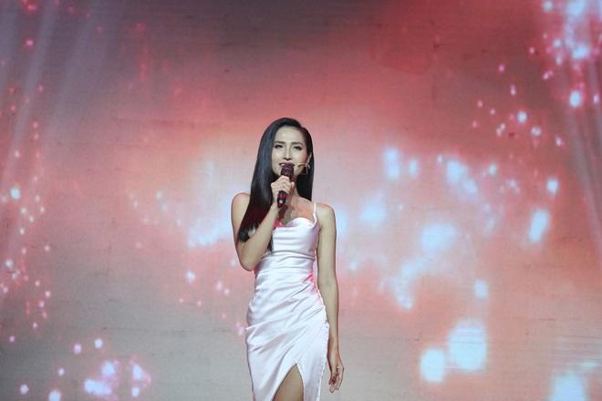Choáng: Trọng Hiếu quyết định nắm tay Hoa hậu chuyển giới Hoài Sa ra về trên show hẹn hò - ảnh 1