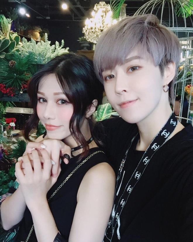 Những couple nữ - nữ đình đám nhất MXH Trung Quốc: Gái xinh đã hiếm, giờ lại yêu nhau hết thế này sao? - ảnh 18