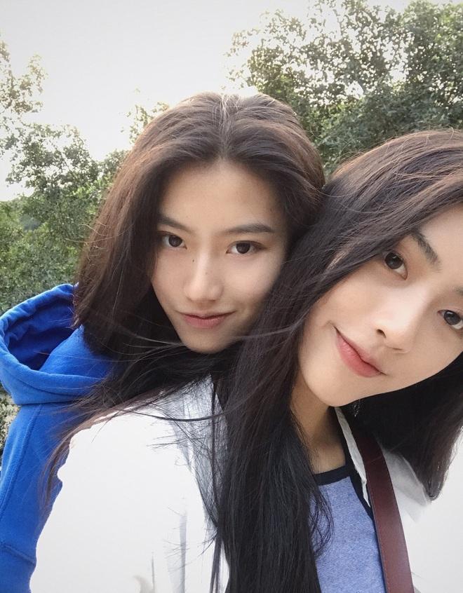 Những couple nữ - nữ đình đám nhất MXH Trung Quốc: Gái xinh đã hiếm, giờ lại yêu nhau hết thế này sao? - ảnh 10