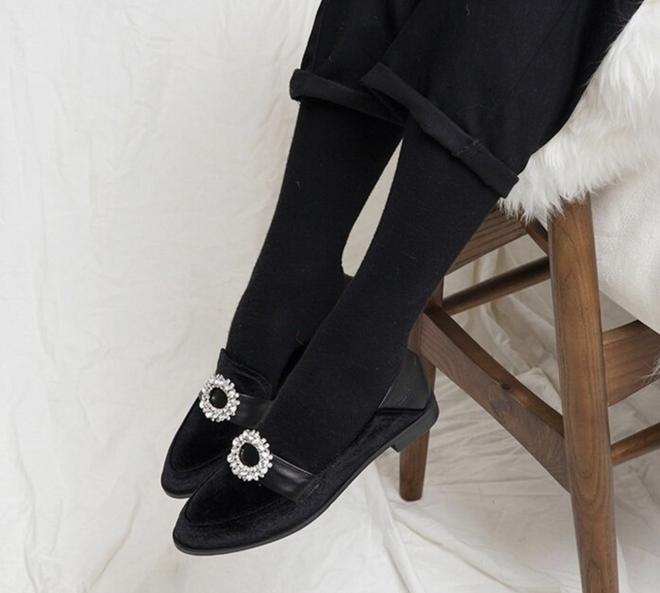 6 đôi giày đáng sắm nhất Tết này: Diện với quần hay váy cũng xinh hết nấc, lại sành điệu miễn bàn - ảnh 12
