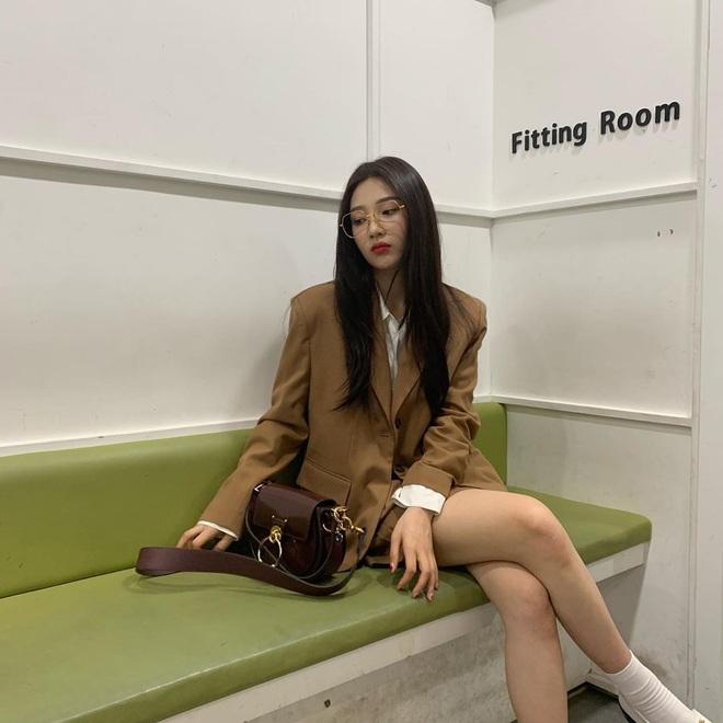 Từ câu chuyện ăn mặc của Joy cho thấy: Mặc đẹp đã khó, mặc để cho netizen Hàn thấy là đẹp còn khó hơn! - ảnh 9