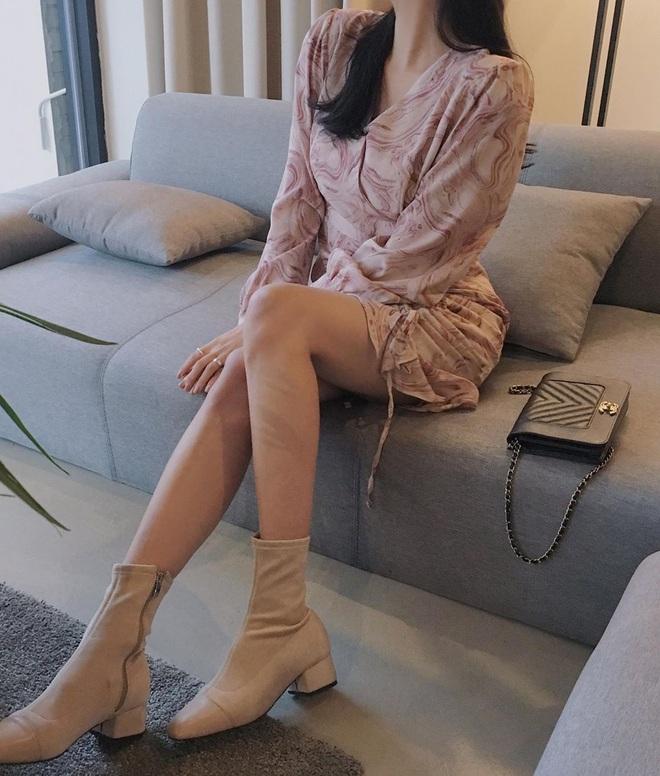 6 đôi giày đáng sắm nhất Tết này: Diện với quần hay váy cũng xinh hết nấc, lại sành điệu miễn bàn - ảnh 4