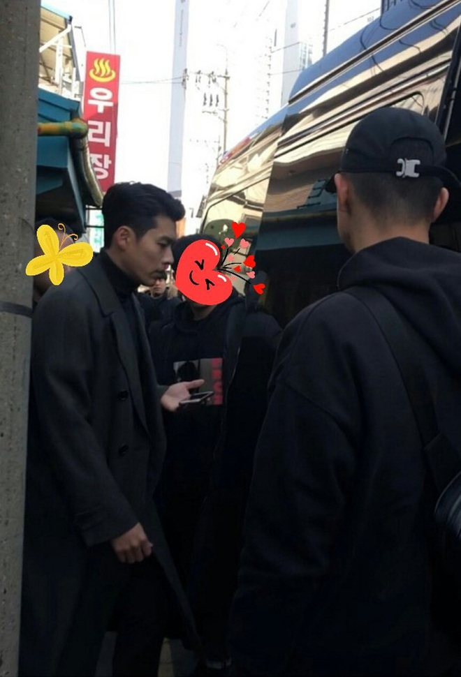 Hyun Bin tóc vuốt bóng loáng gây mê cực mạnh ở hình chụp bừa hậu trường Crash Landing on You - ảnh 3