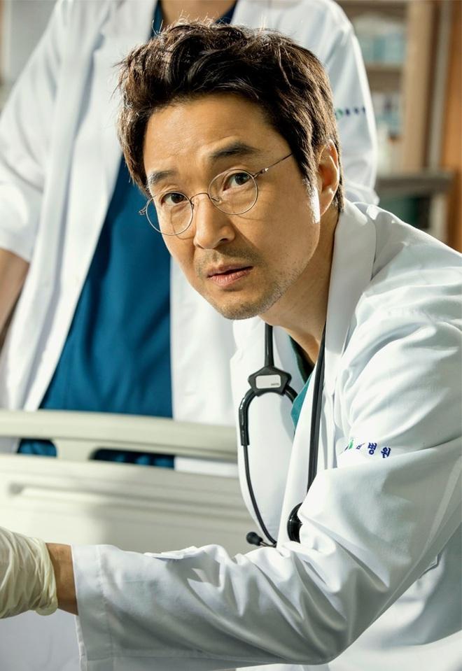 Loạt chú đại rơi vào tầm ngắm hậu phốt săn gái của Joo Jin Mo: Hyun Bin bị gọi hồn nhiều nhất, Lee Byung Hun có dính đạn lần 2? - ảnh 7