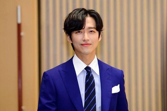 Loạt chú đại rơi vào tầm ngắm hậu phốt săn gái của Joo Jin Mo: Hyun Bin bị gọi hồn nhiều nhất, Lee Byung Hun có dính đạn lần 2? - ảnh 10