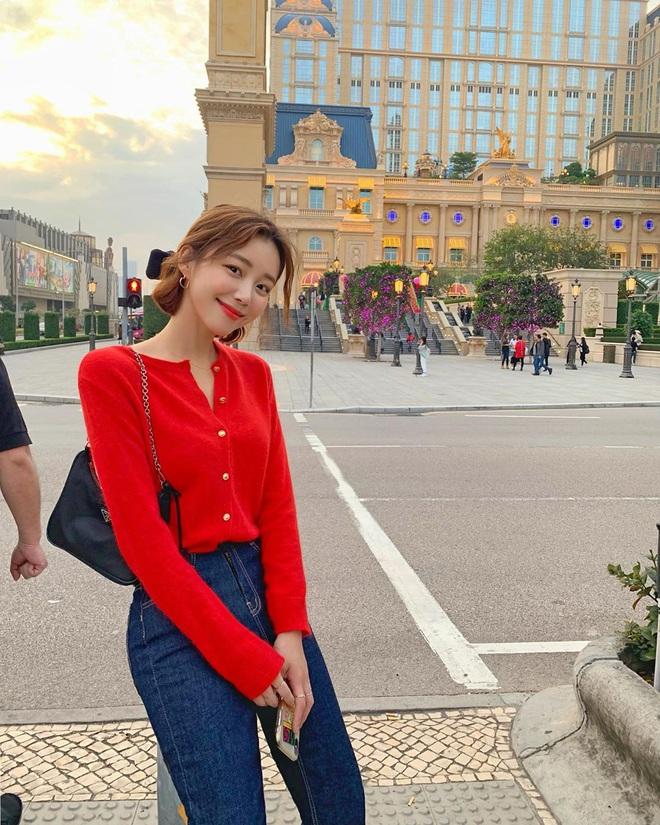 Diện lại đồ cũ vẫn cứ chất lừ với 11 gợi ý từ street style của hội sành mặc châu Á - ảnh 7