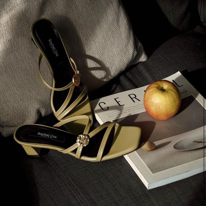 6 đôi giày đáng sắm nhất Tết này: Diện với quần hay váy cũng xinh hết nấc, lại sành điệu miễn bàn - ảnh 9