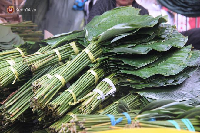 Giá thịt heo tăng cao, chợ lá dong ở Sài Gòn đìu hiu vì sức mua giảm 40%, tiểu thương mắc võng ngủ giữa ban ngày - ảnh 3